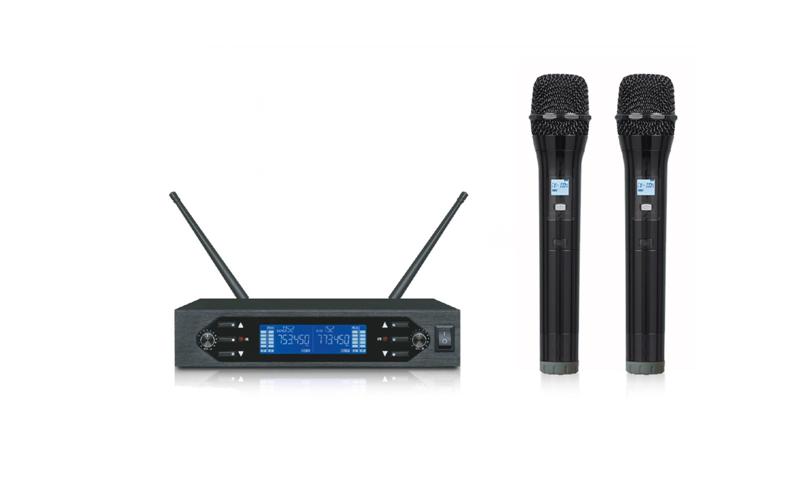 UHF Wireless Microphone System WM-U200B